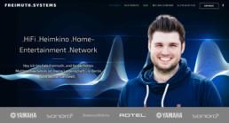 Desktop-Ausschitt der Start-Sektion mit Hauptüberschrift, Kundenlogos und direkter Ansprache